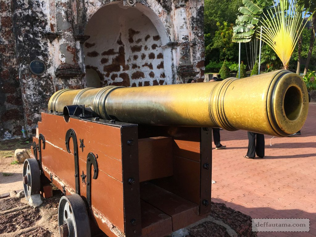 A'Famosa Fort Canon